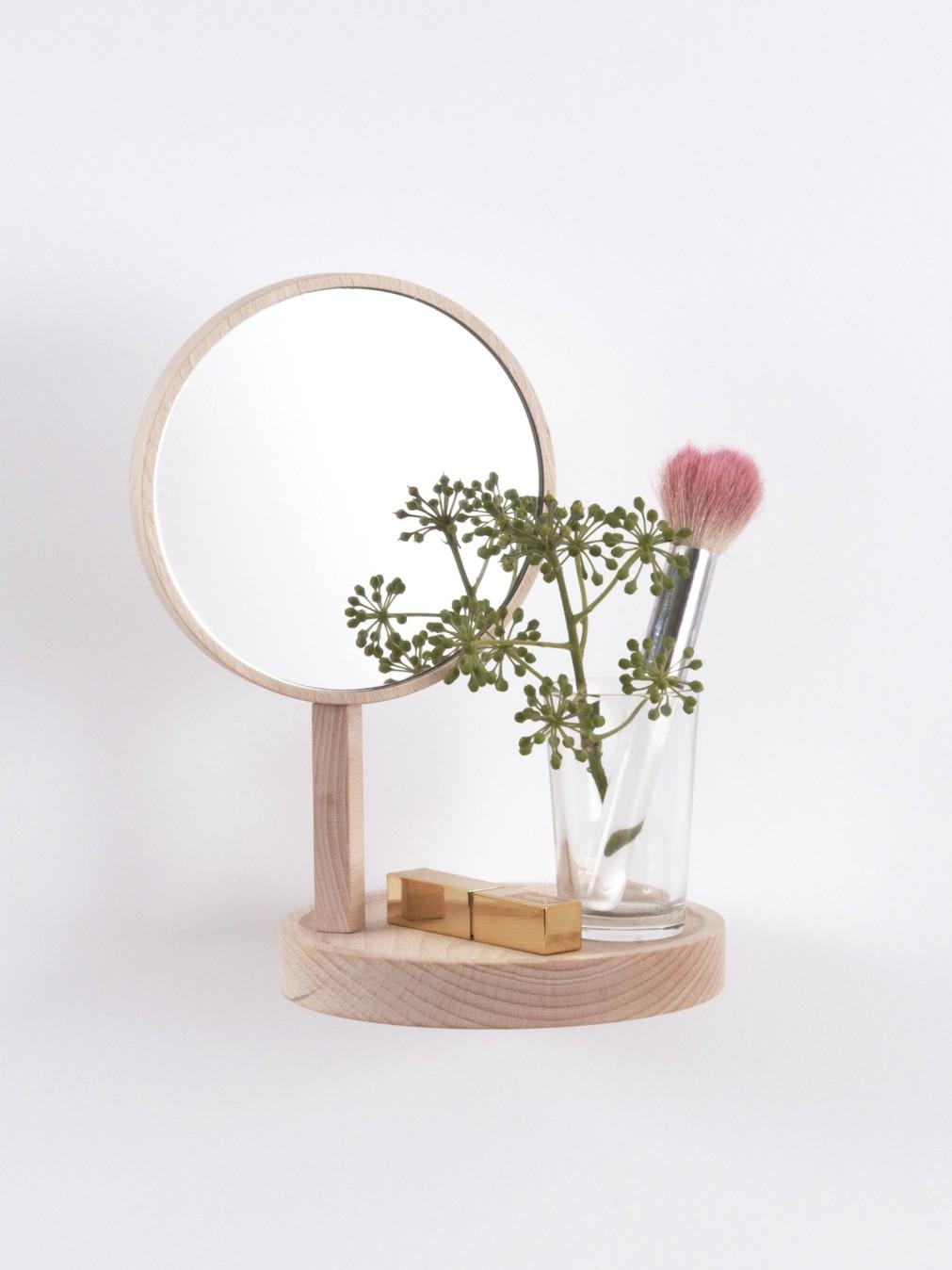 Miroir Bois Clair : moustache/etagere-en-hetre-miroir-bois-clair-belvedere.jpg Pinterest