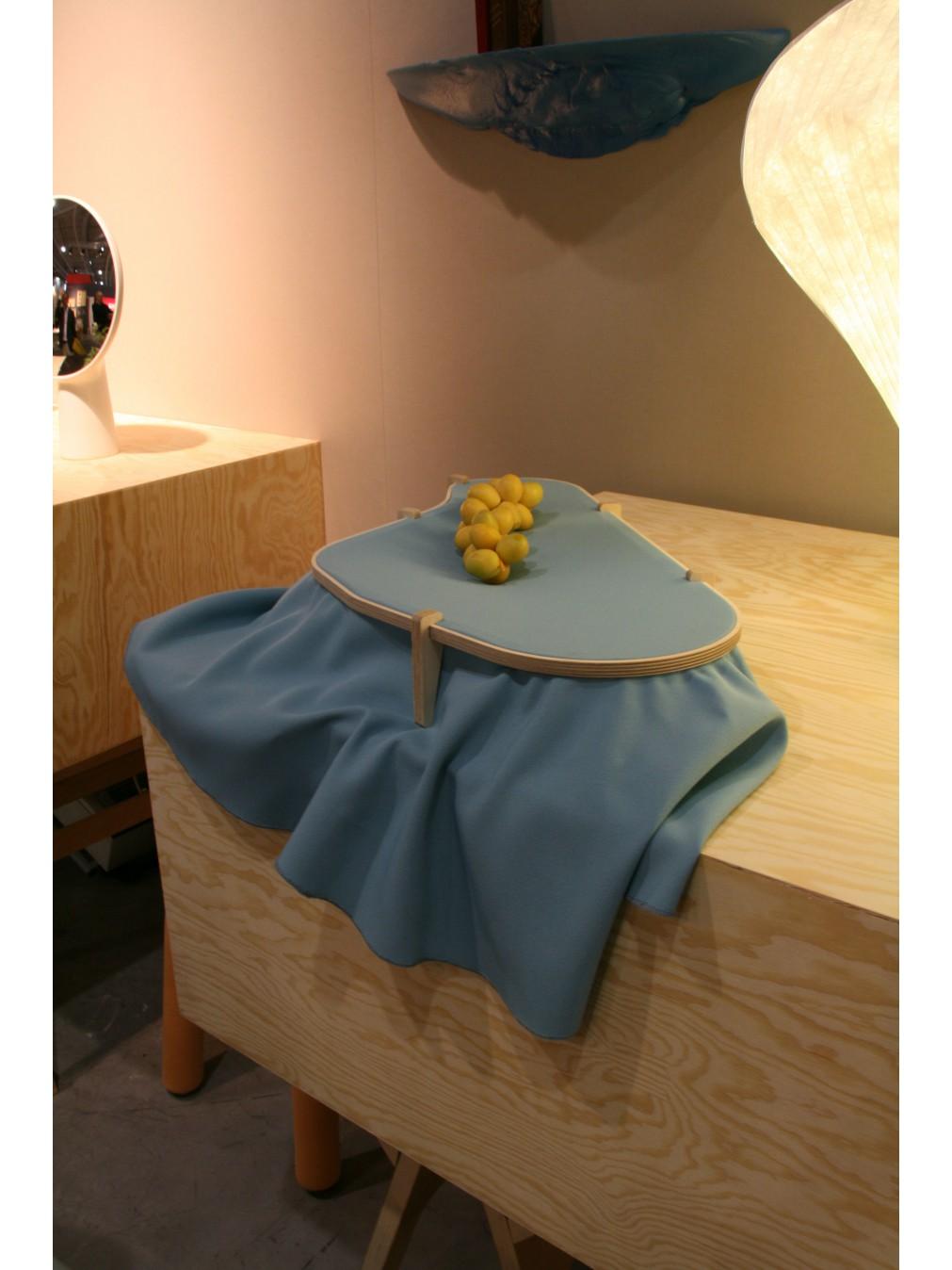 ... Dress Table Centre ...
