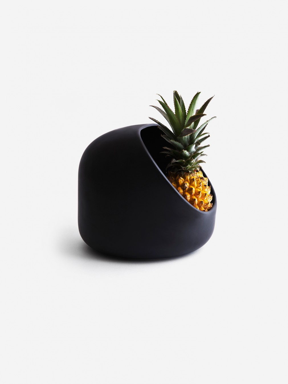 fruit bowls ionna vautrin fruit bowl moustache. Black Bedroom Furniture Sets. Home Design Ideas
