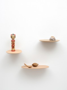 Isola shelf